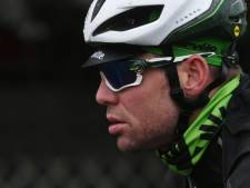 Pechvogel Cavendish breekt opnieuw rib na zware val in finale 'MSR'