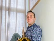 Van Amsterdam naar New York: Josemanders trekt met trombone wereld over
