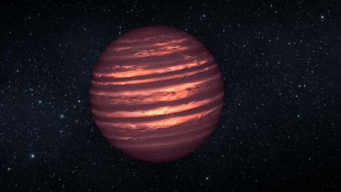 NASA ontdekt gigantische planeet, maar krabt met de handen in het haar