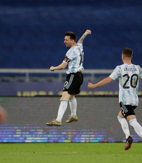 Messi viert goal voor Argentinië met schitterend eerbetoon aan Maradona