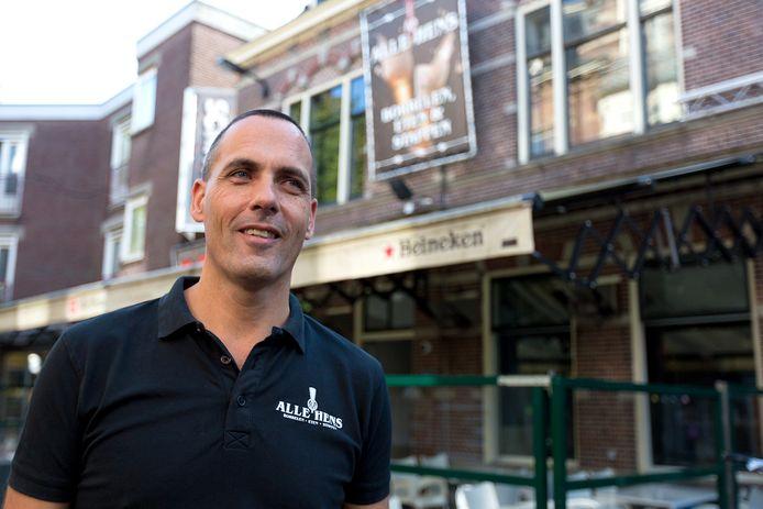 Robert Grootenhuijs, eigenaar van Grandcafé De Zaak en Alle Hens in Alphen aan den Rijn.
