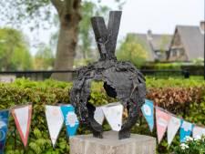 De V van vrede in Oosterhout herrijst uit aangetaste aarde
