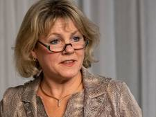 Oldebroekse burgemeester Haseloop boos op jongeren: 'Als je boa's bedreigt, ga je echt een grens over'
