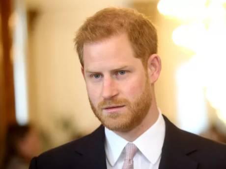 """Le prince Harry menace d'attaquer la BBC: """"Si la Reine avait refusé, nous n'aurions pas choisi ce prénom"""""""