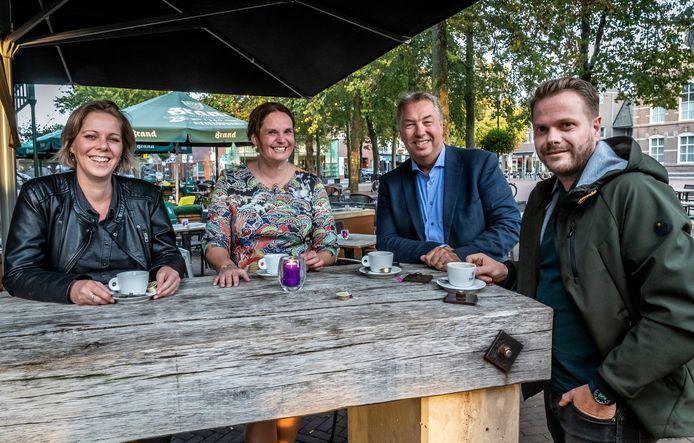 De vier raadsleden van CDA-Deurne: Carline Sterk, Riny van Leeuwen-Berkvens, Leo Cuijpers en Benny Munsters