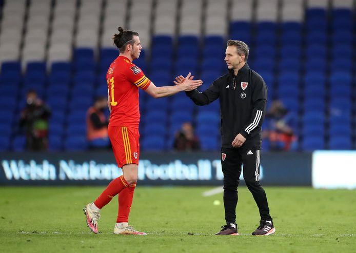 Albert Stuivenberg met Gareth Bale.