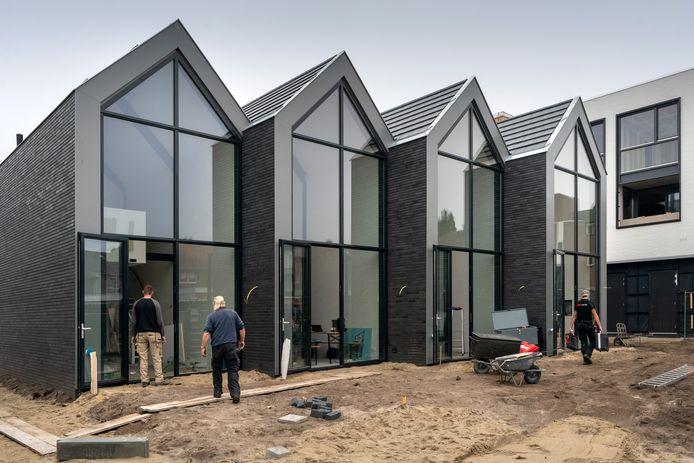 Een voorbeeld van tiny houses. Deze staan in Waalwijk.