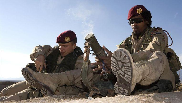 Een 60mm-mortier uit de hand afgevuurd in Afghanistan. Beeld anp