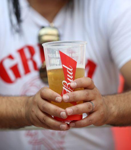 AB InBev veut redonner le goût de la bière aux Américains en leur offrant des places au stade