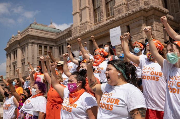 Beeld van een protest tegen de zes weken-abortusban aan het Capitool in Austin, Texas.