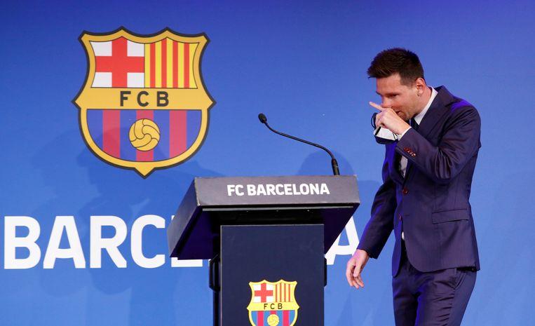 Lionel Messi nam gisteren afscheid van FC Barcelona. Op naar Parijs? Beeld REUTERS