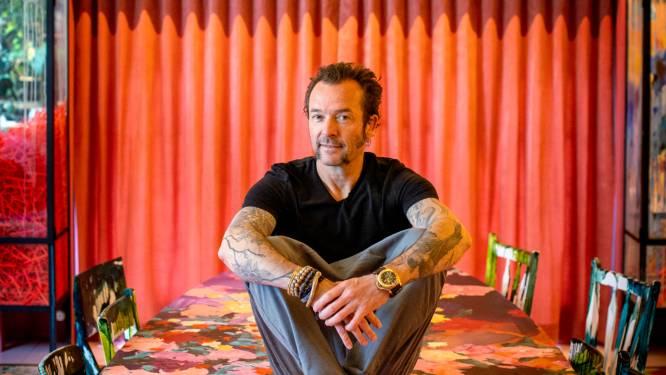 """Kunstenaar Arne Quinze (49) onthult zijn geheimen: """"Als mijn huis in brand zou staan, red ik een goede fles wijn"""""""
