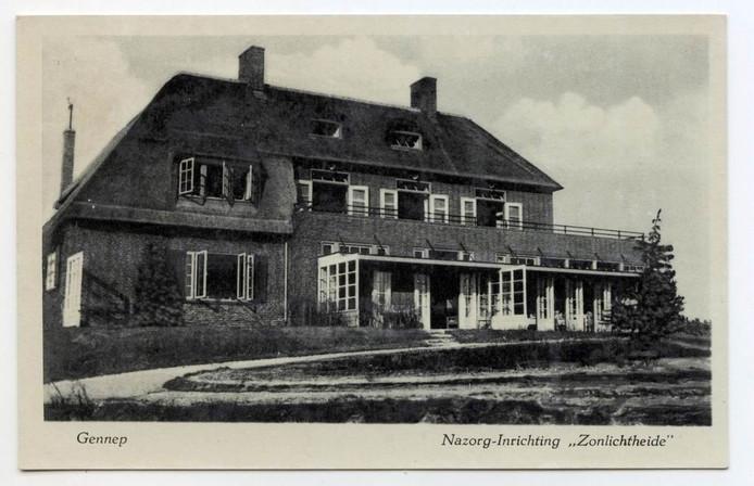 Het hoofdgebouw van sanatorium Zonlichtheide in Gennep.
