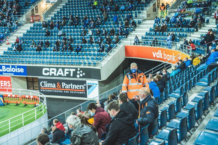 Voor het eerst sinds corona waren fans welkom in Gent. Beeld Wannes Nimmegeers