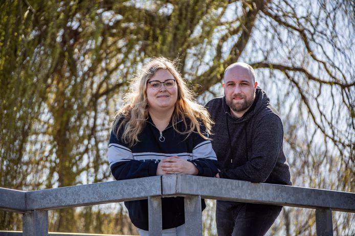De Lierse Nicolien Pronk (28) en haar man Martijn hebben hun hoop gevestigd op een Russische behandeling voor haar multiple sclerose.