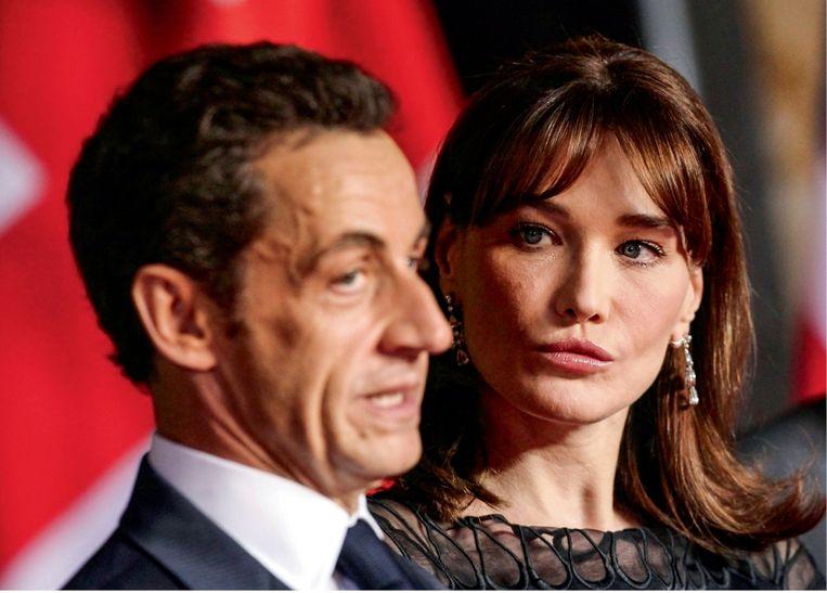 Toen zijn Cécilia uiteindelijk vertrok, startte Nicolas Sarkozy een pr-campagne op, waaruit bleek dat hij wel degelijk tegen een stootje kon en nog altijd de mooiste vrouwen kon versieren. Beeld