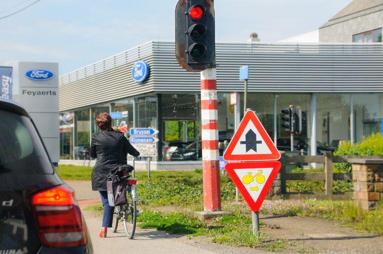 De lichten aan het kruispunt van de Keerbergsesteenweg met de Zoellaan zijn anders afgesteld.