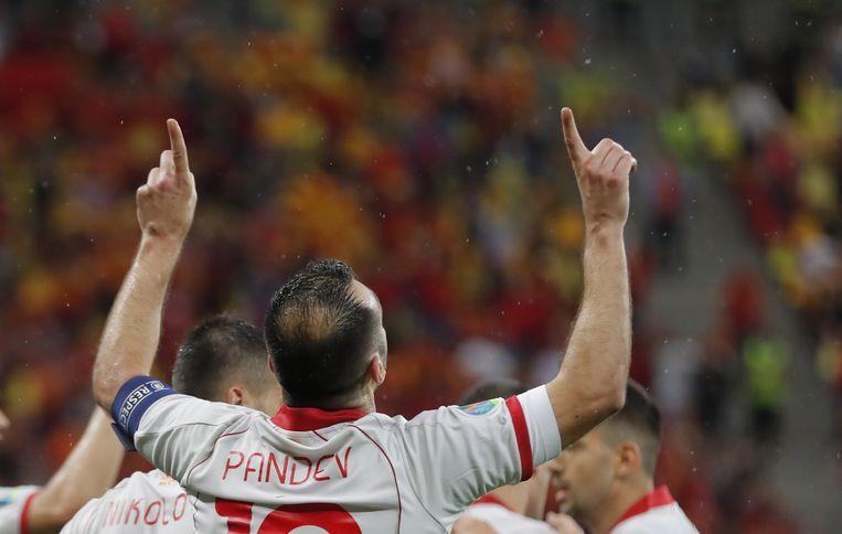 Goran Pandev viert zijn goal tegen Oostenrijk op het EK. Beeld EPA