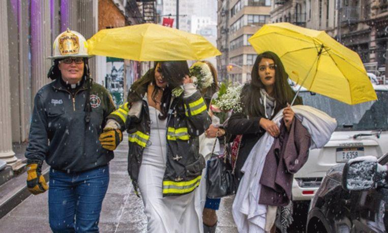 Brandweervrouw redt huwelijk tot twee keer toe