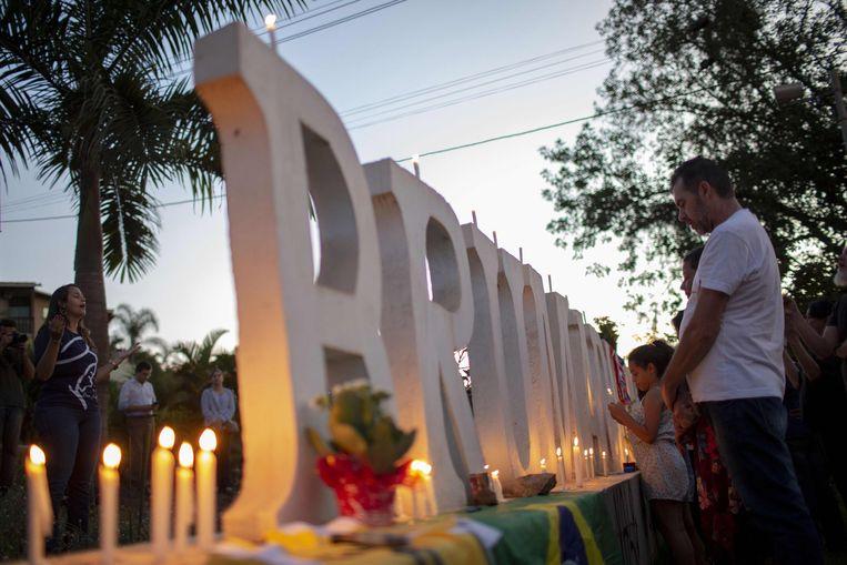 Een wake in Brumadinho voor de slachtoffers van de dambreuk. Beeld AFP