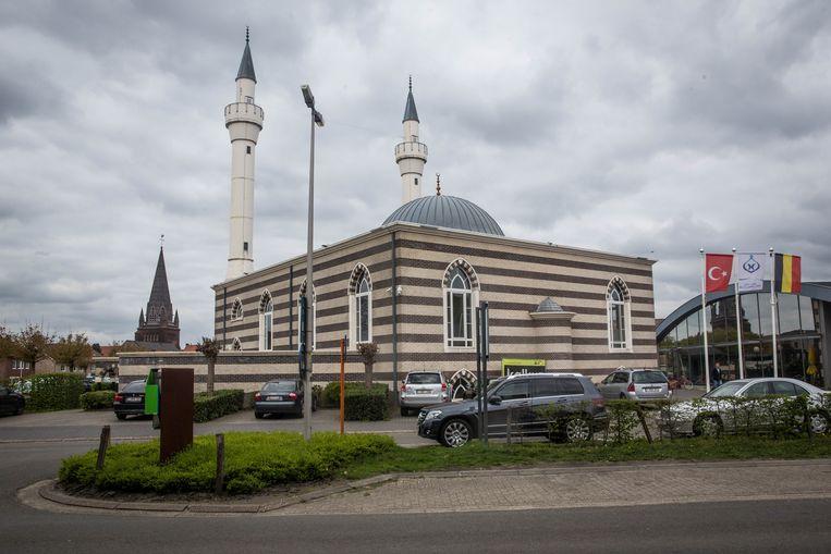 De Turkse moskee in Beringen Beeld Bas Bogaerts