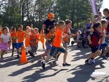 Recordopbrengst sponsorloop tijdens Koningsspelen op basisschool De Saffier in Roosendaal