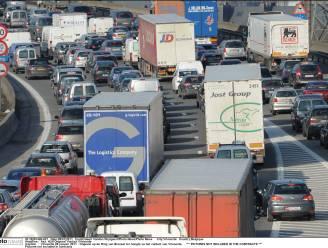Vervuiling trucks kost België jaarlijks 1,3 miljard euro