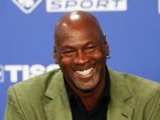Un maillot de Michael Jordan vendu plus d'un million de dollars