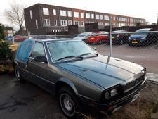 Wil de eigenaar van deze Maserati zich melden? Anders gaat 'ie naar de sloop