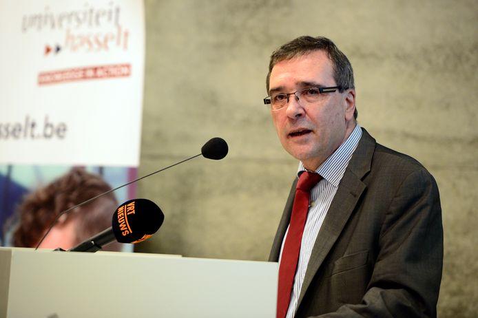 Rector Universiteit Hasselt Luc De Schepper.