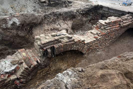 Door bogen toe te passen, konden de middeleeuwse bouwers besparen op stenen.