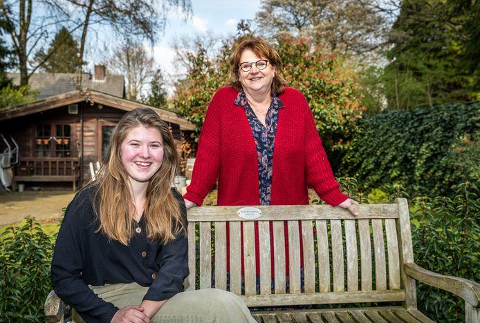 Inge van Laarhoven vertrekt uit de politiek en Janke van Dijk volgt haar op.