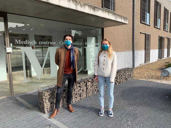 Lukas Schillebeeckx en Laurence van Goethem van Eerstelijnszone Druivenstreek.