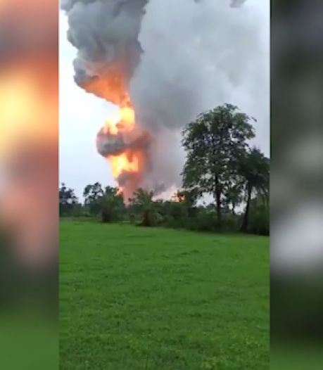 Au moins 10 blessés dans une énorme explosion qui a détruit une usine de pétards en Inde