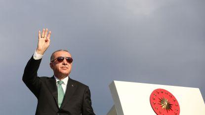 Turkije en VS in gesprek over gevangengenomen predikant, toeristen profiteren intussen van lira-crisis