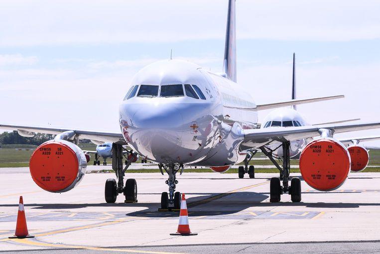 De 42 vliegtuigen van de maatschappij staan al sinds half maart aan de grond, met een verlies van 1 miljoen euro per dag tot gevolg.  Beeld Photo News