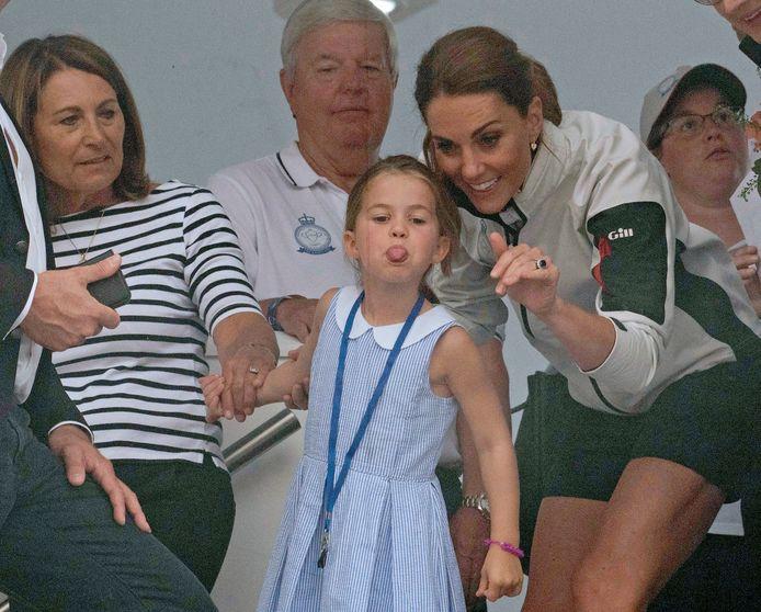 Kate Middleton en haar dochter Charlotte.