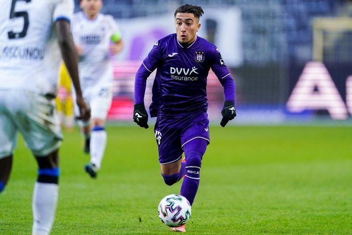 Anouar Ait El Hadj maakt indruk in het shirt van Anderlecht.