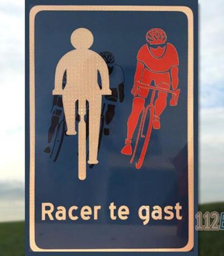 Opmerkelijk verkeersbord op fietspad in Putten: racer te gast