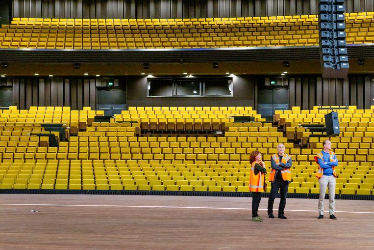 De danszaal van het Nederlands Dans Theater, met 1.300 stoelen. Beeld Pauline Niks
