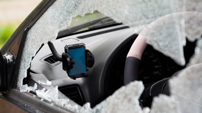 Dieven breken opnieuw drie auto's open