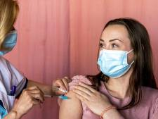 Steeds meer vaccinweigeraars overstag: vijf redenen waarom mensen nu wél prik komen halen