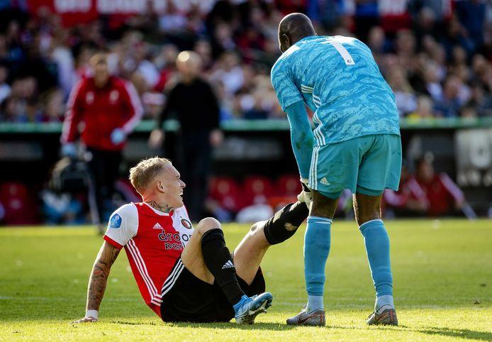 Rick Karsdorp was bepaald niet de enige speler van Feyenoord die last kreeg van kramp.