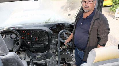 Acht kinderen geëvacueerd na brand op schoolbus