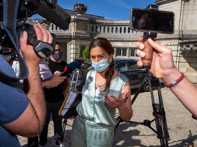Demir stond alleen. Demir bond in: minister door het stof nadat zelfs partijgenoten kritiek uitten