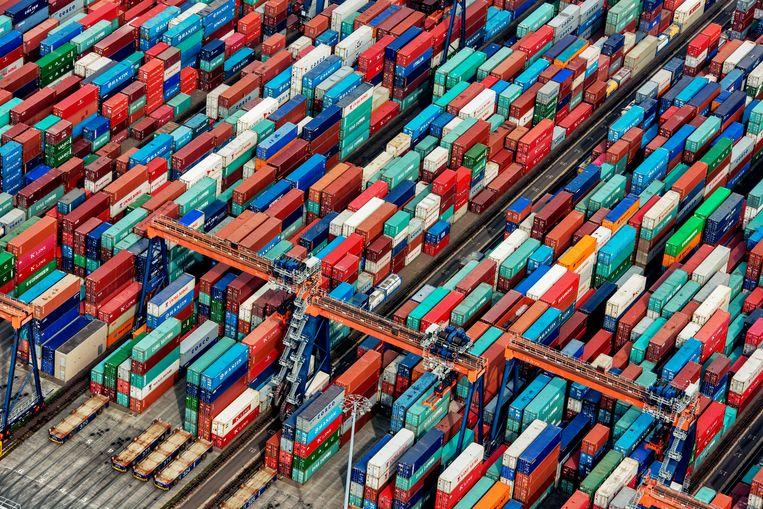 Zeecontainers zijn er wel, maar staan alleen op de verkeerde plek. Beeld  Raymond Rutting / de Volkskrant