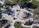 Michael Jackson a fait construire un parc d'attractions, un zoo, et même une mini gare dans sa propriété.