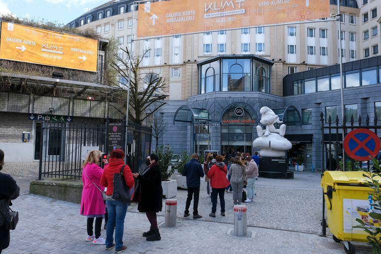 Aanschuiven voor Gustav Klimt in Brussel. Beeld BELGA
