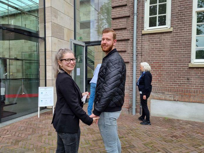 Janneke Brauns en Nick Hurkmans uit Weert zijn speciaal voor de expositie van Bob Ross naar Museum More in Gorssel gekomen.