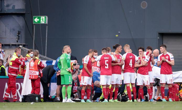De artsen moesten Eriksen tijdens de EK-interland tegen Finland reanimeren.